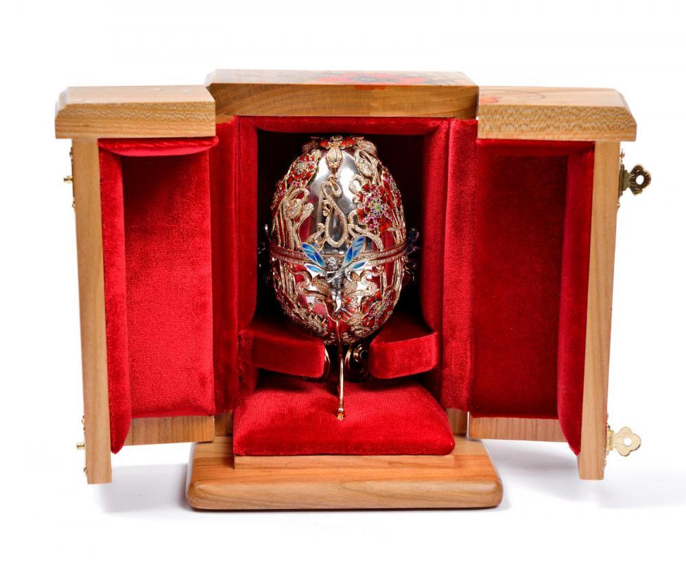 Ювелирные изделия из серебра с эмалью